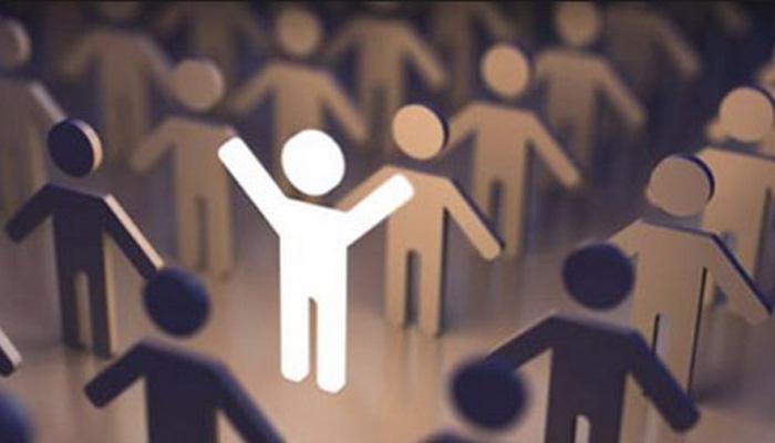 مجموعة ما يصدر عن الإنسان من سلوك وآداب تعبر عن قيم المجتمع